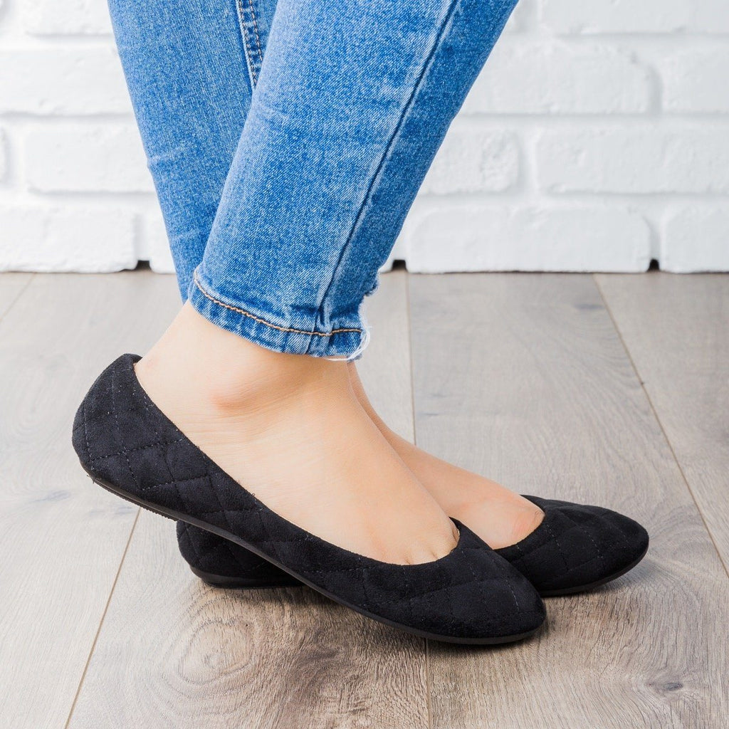 Womens Quilted Ballet Flats - Refresh - Black / 7.5