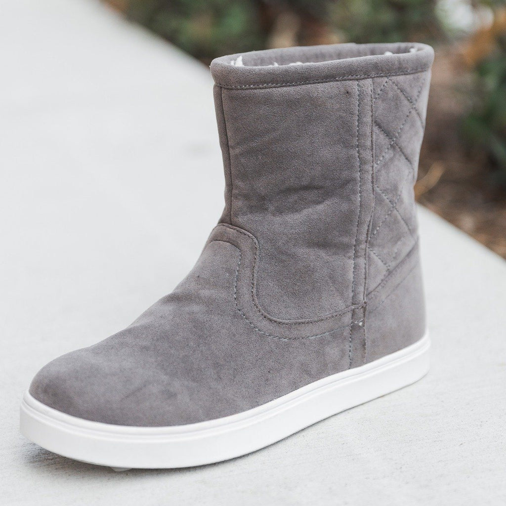 Womens Quilted Winter Boots - Refresh - Gray / 5