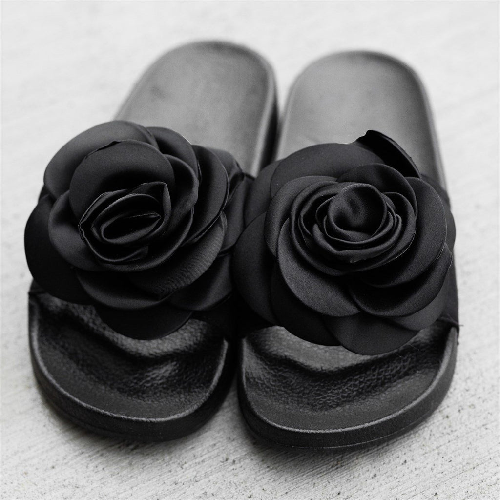 Womens Rose Fashion Slides - Refresh - Black / 5