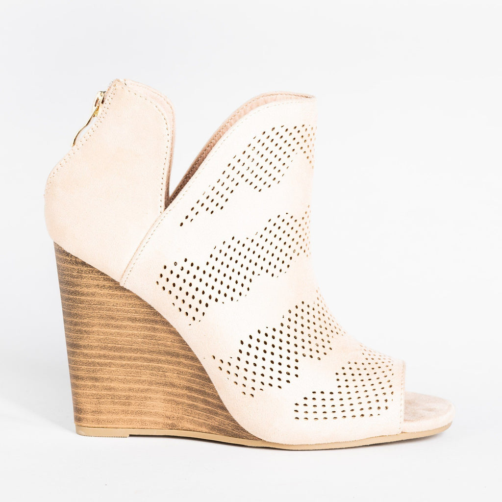 Womens Sassy Laser-Cut Open-Toe Wedges - Yoki - Beige / 5