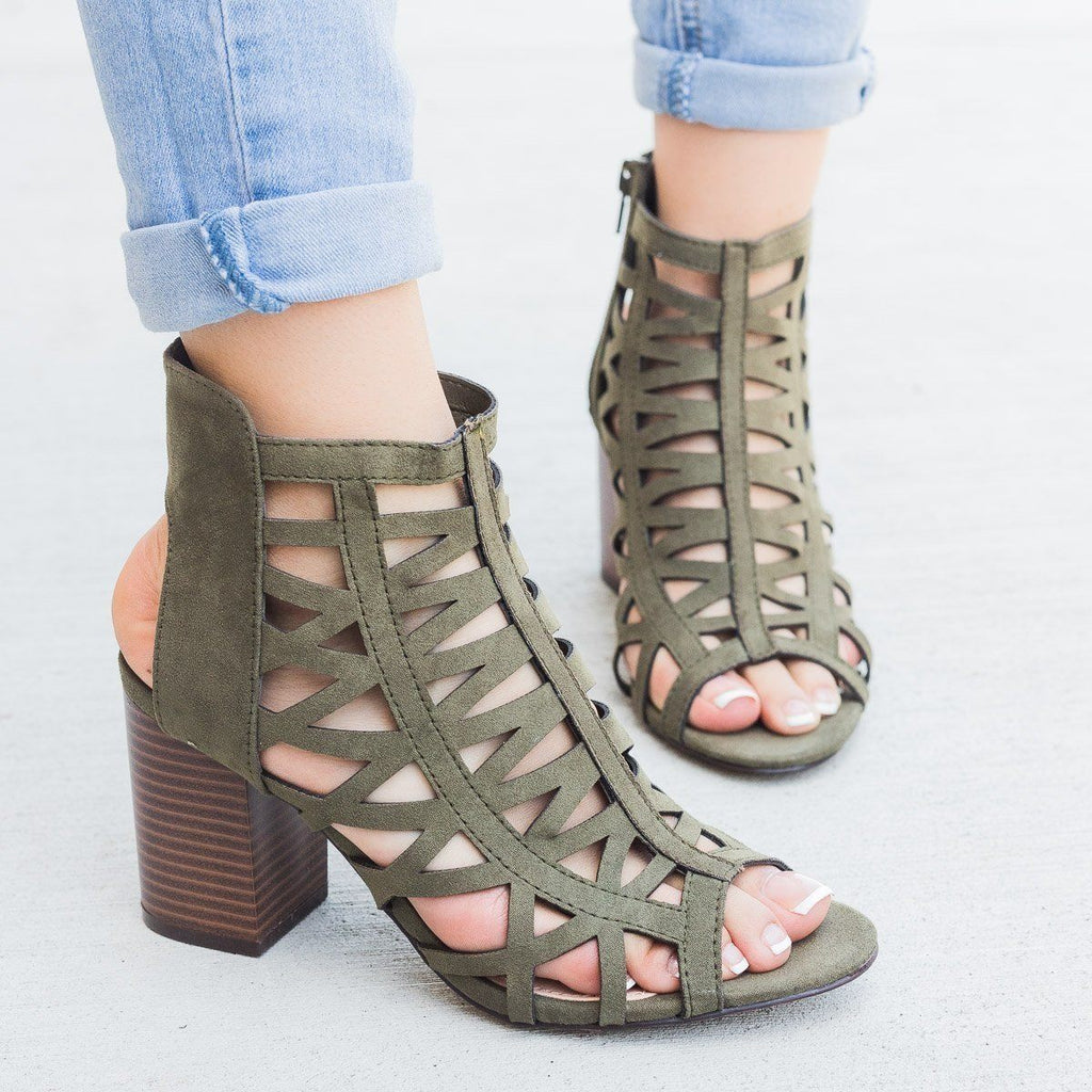 Womens Sassy Strappy Peep Toe Heel - Shoelala