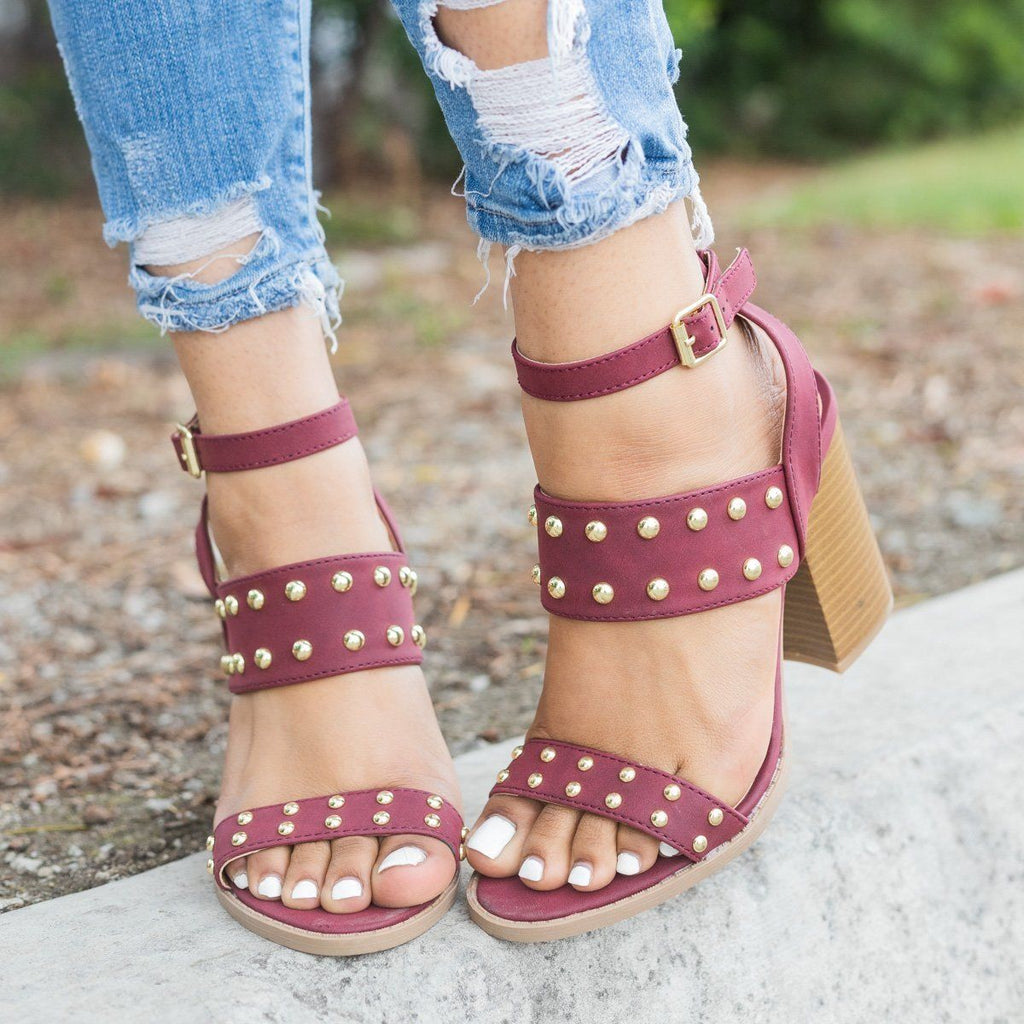 Womens Sassy Studded Chunky Heels - Qupid Shoes - Burgundy / 5