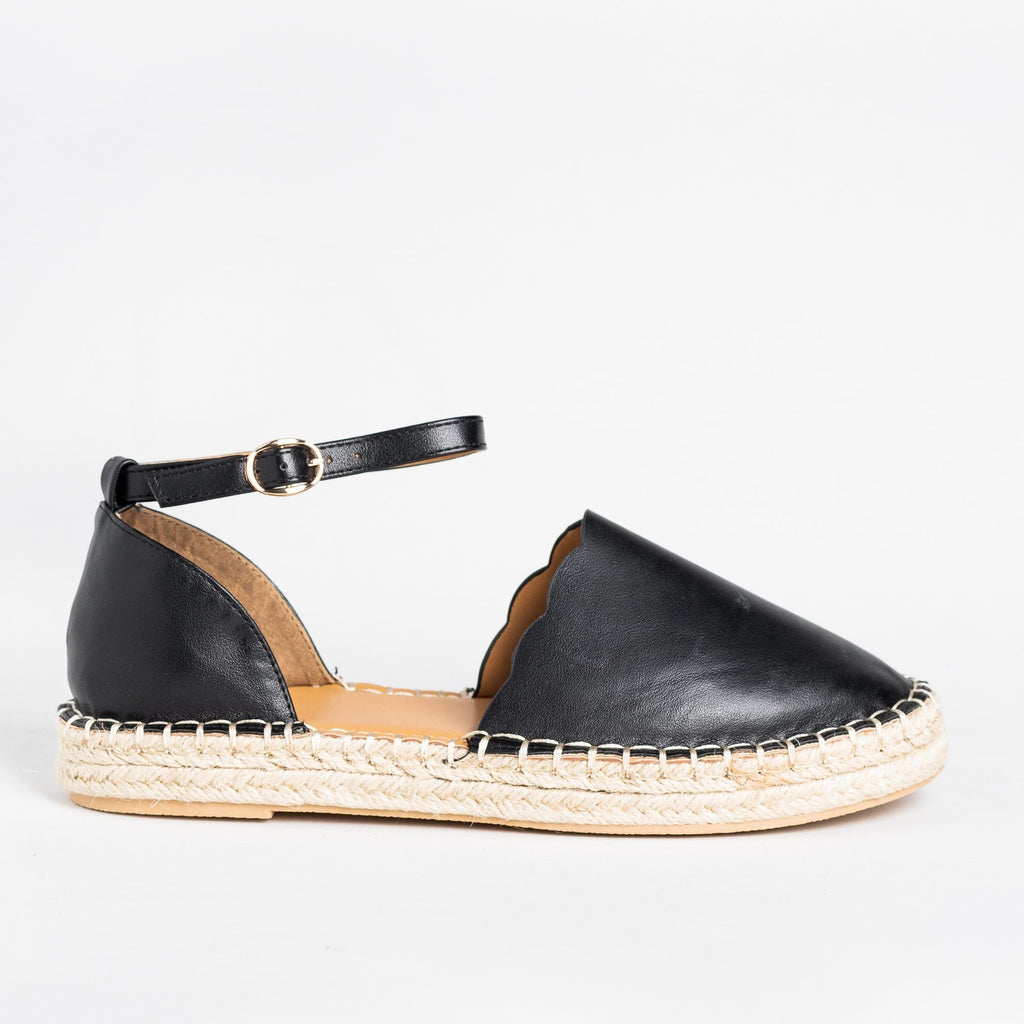 Womens Scalloped Edge Espadrille Flats - Qupid Shoes - Black / 5