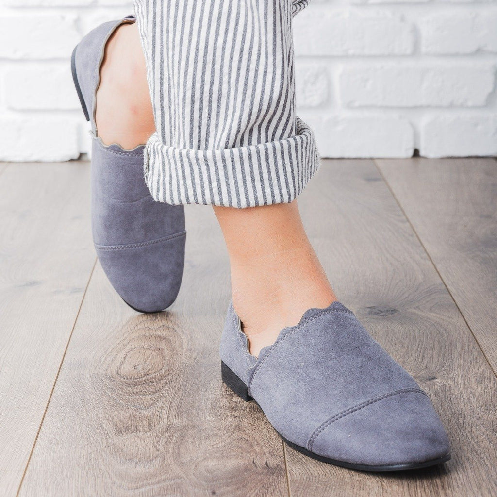 Womens Scalloped Slip-On Flats - Qupid Shoes