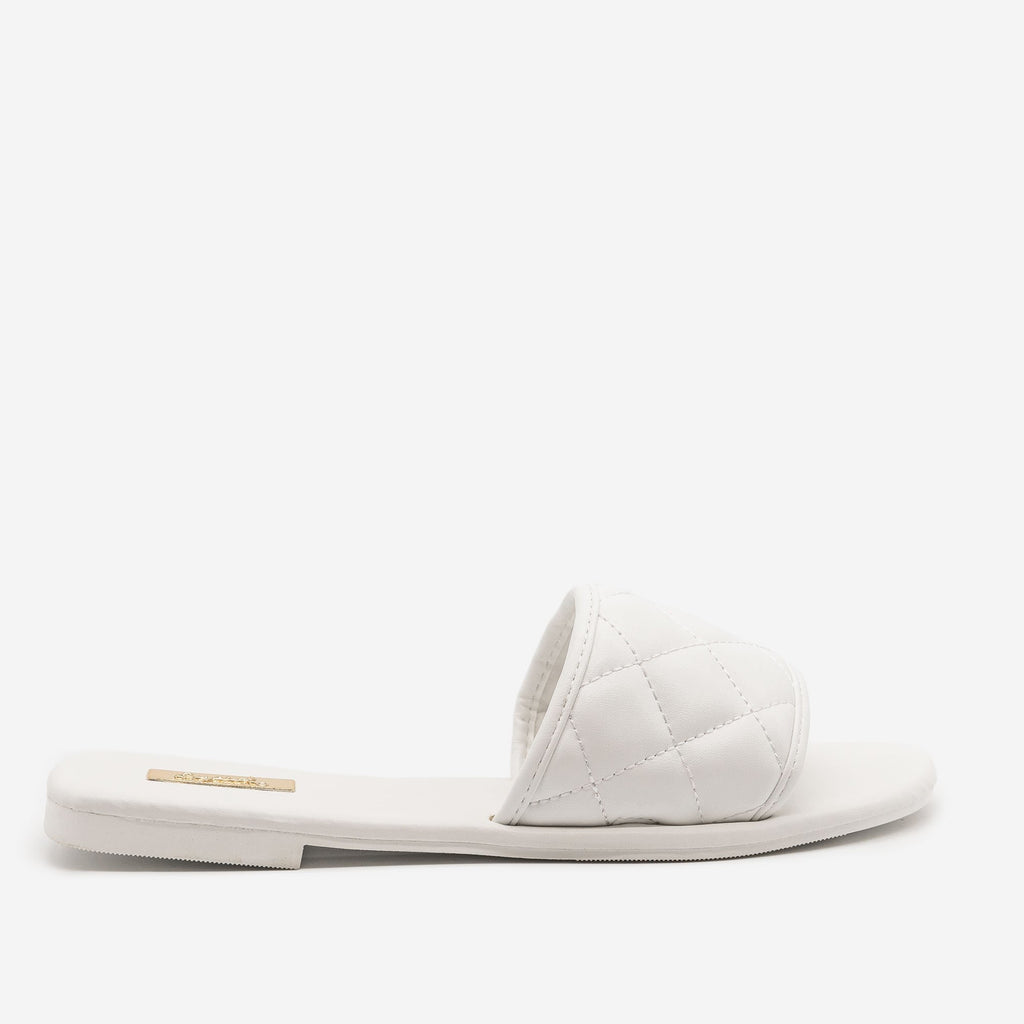 Women's Simple Quilted Slip On Sandals - Qupid Shoes - White / 5