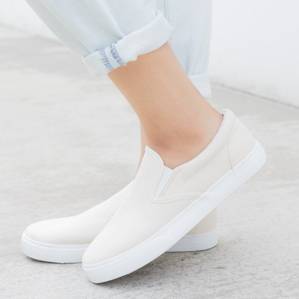 Women's Simple Slip on Sneaker - Nature Breeze - White / 5
