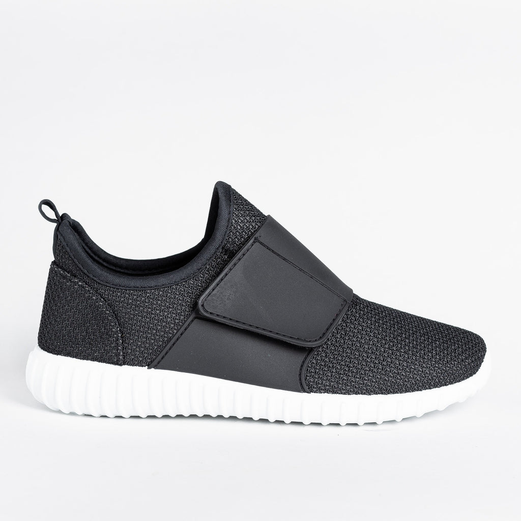 Womens Sleek Mesh Athletic Sneakers - Yoki - Black / 5