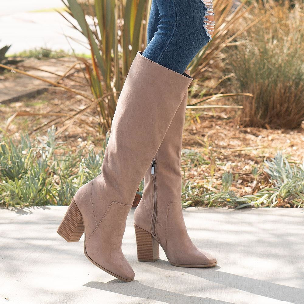 Women's Smooth Mid-Calf Boots - Bamboo - Light Taupe / 5