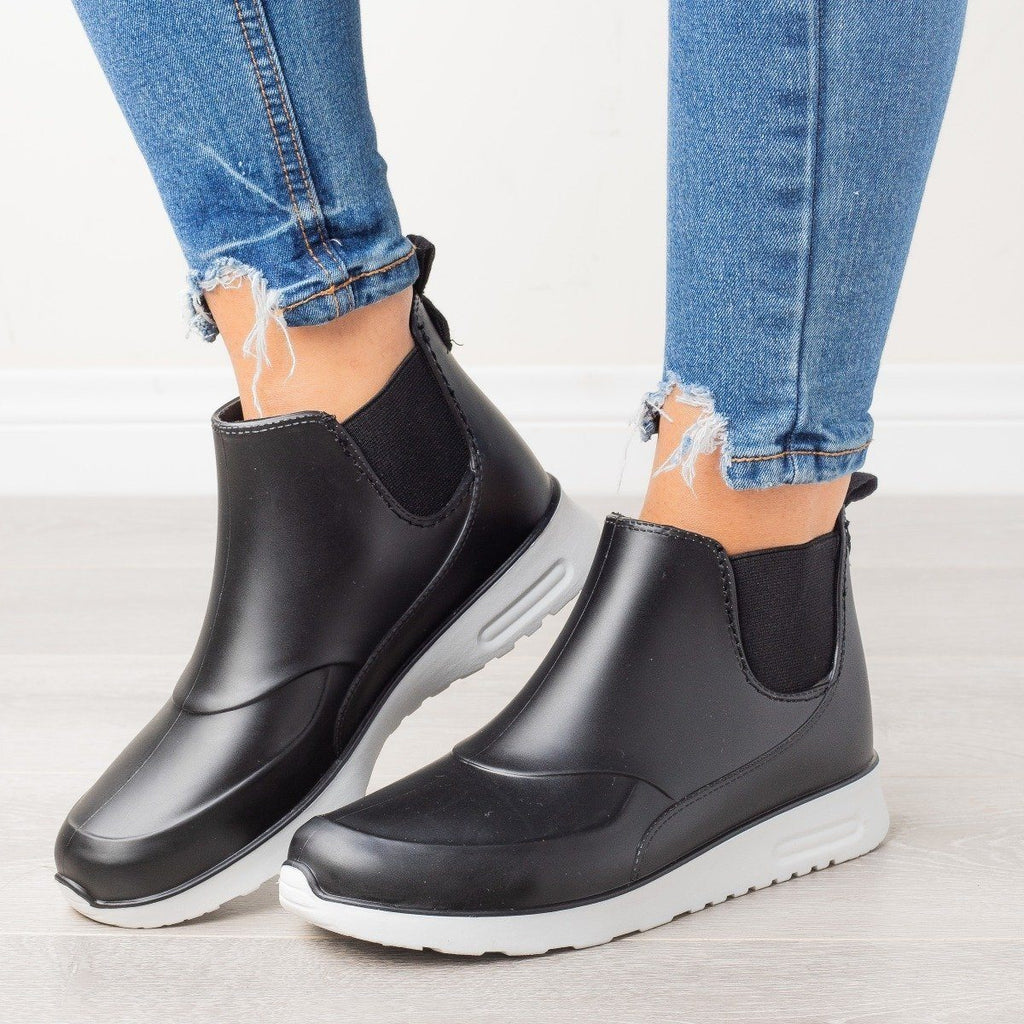 Womens Sporty Ankle Rain Boots - Yoki