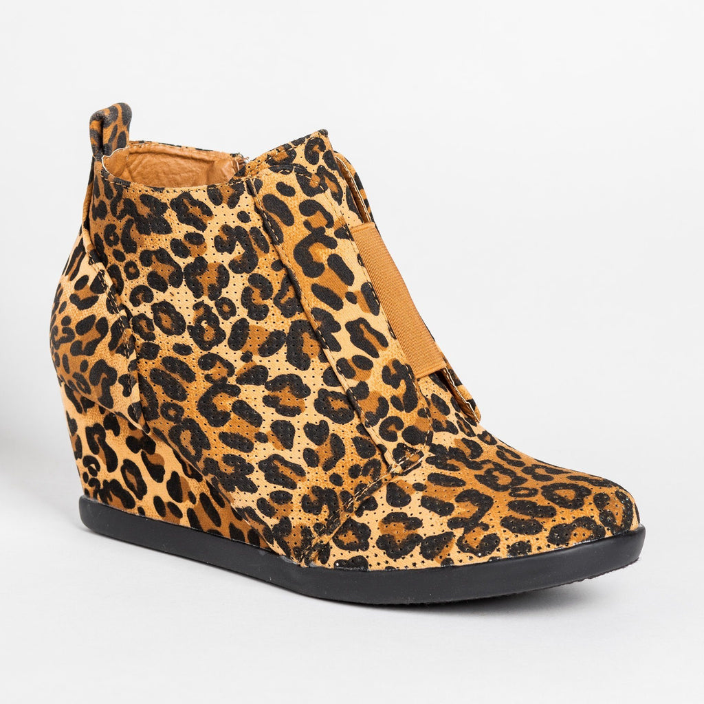 Womens Sporty Pinhole Bootie Wedges - Forever - Leopard / 5