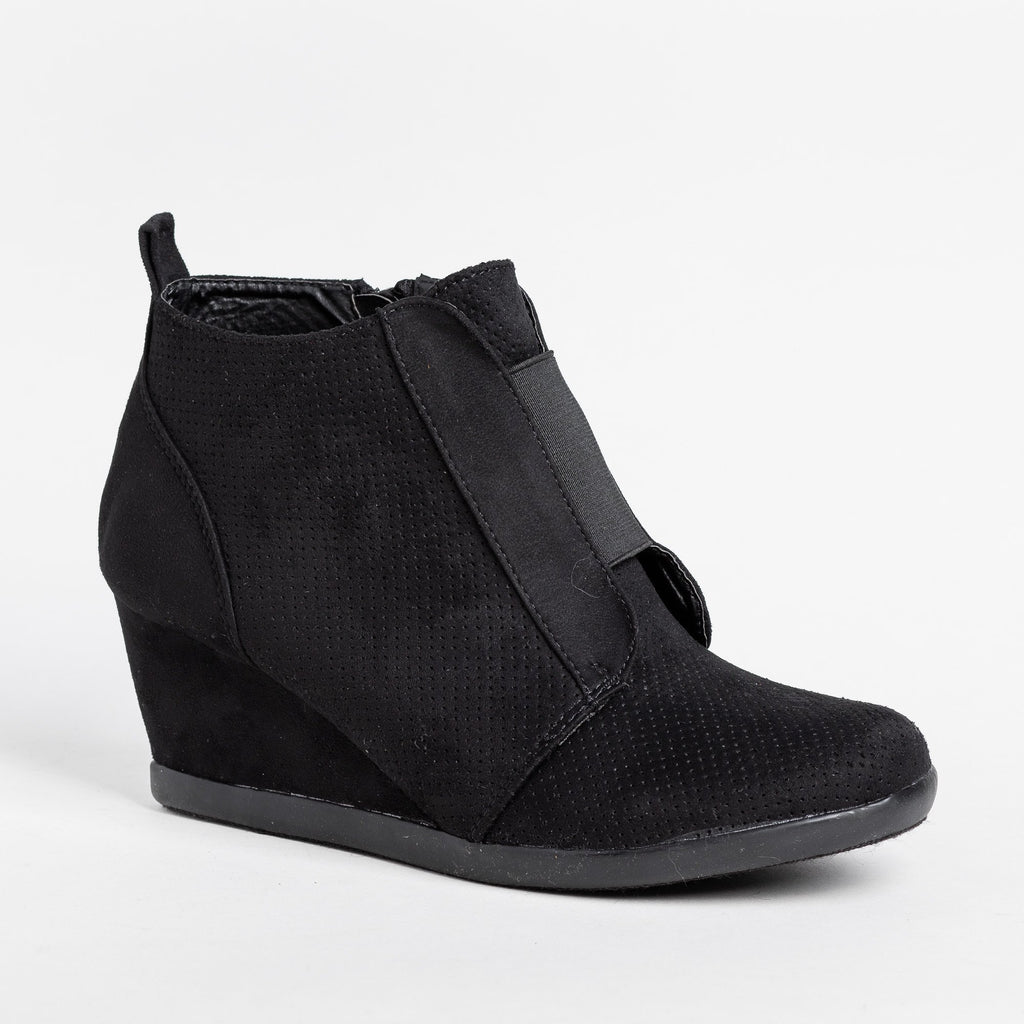 Womens Sporty Pinhole Bootie Wedges - Forever - Black / 5