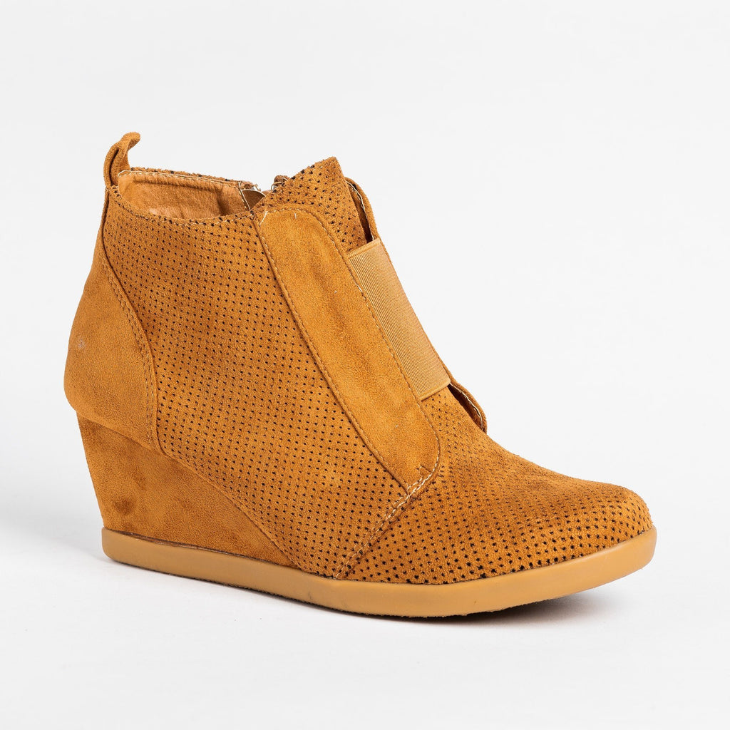 Womens Sporty Pinhole Bootie Wedges - Forever - Tan / 5