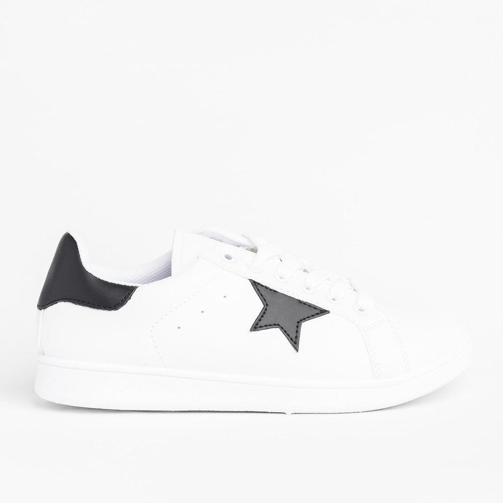 Womens Star-Accented Fashion Sneakers - Qupid Shoes - White Black / 5