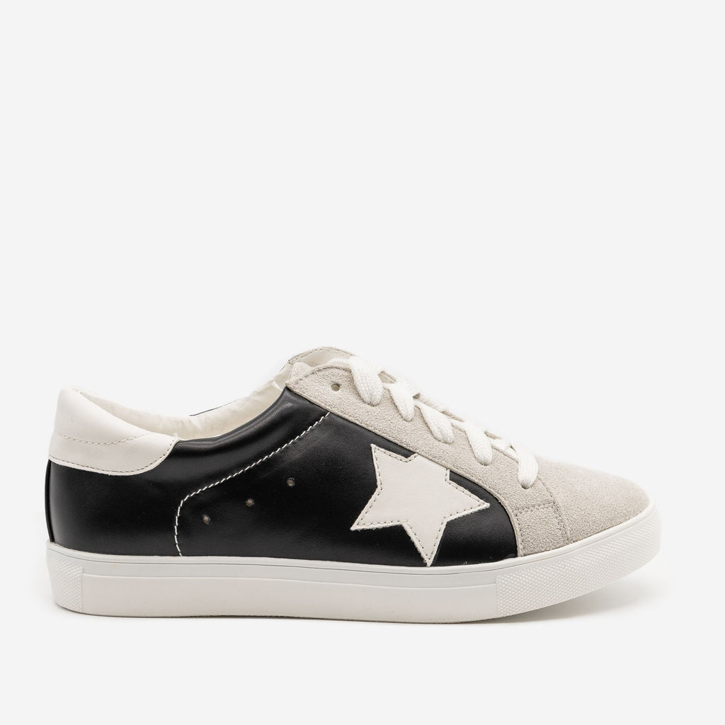Women's Star Decal Fashion Sneakers - Forever - Black / 5