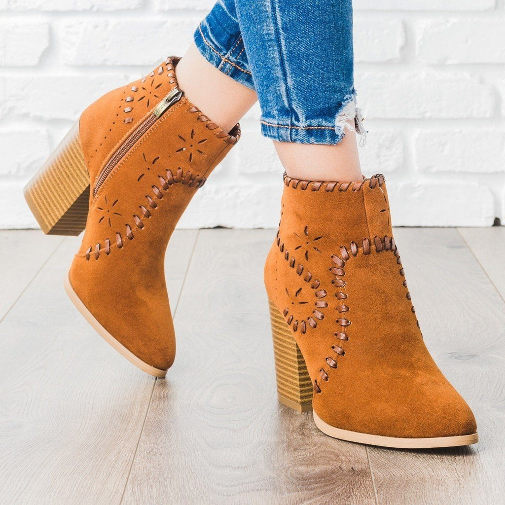 Womens Starry Stitched Heel Booties - ARider Girl