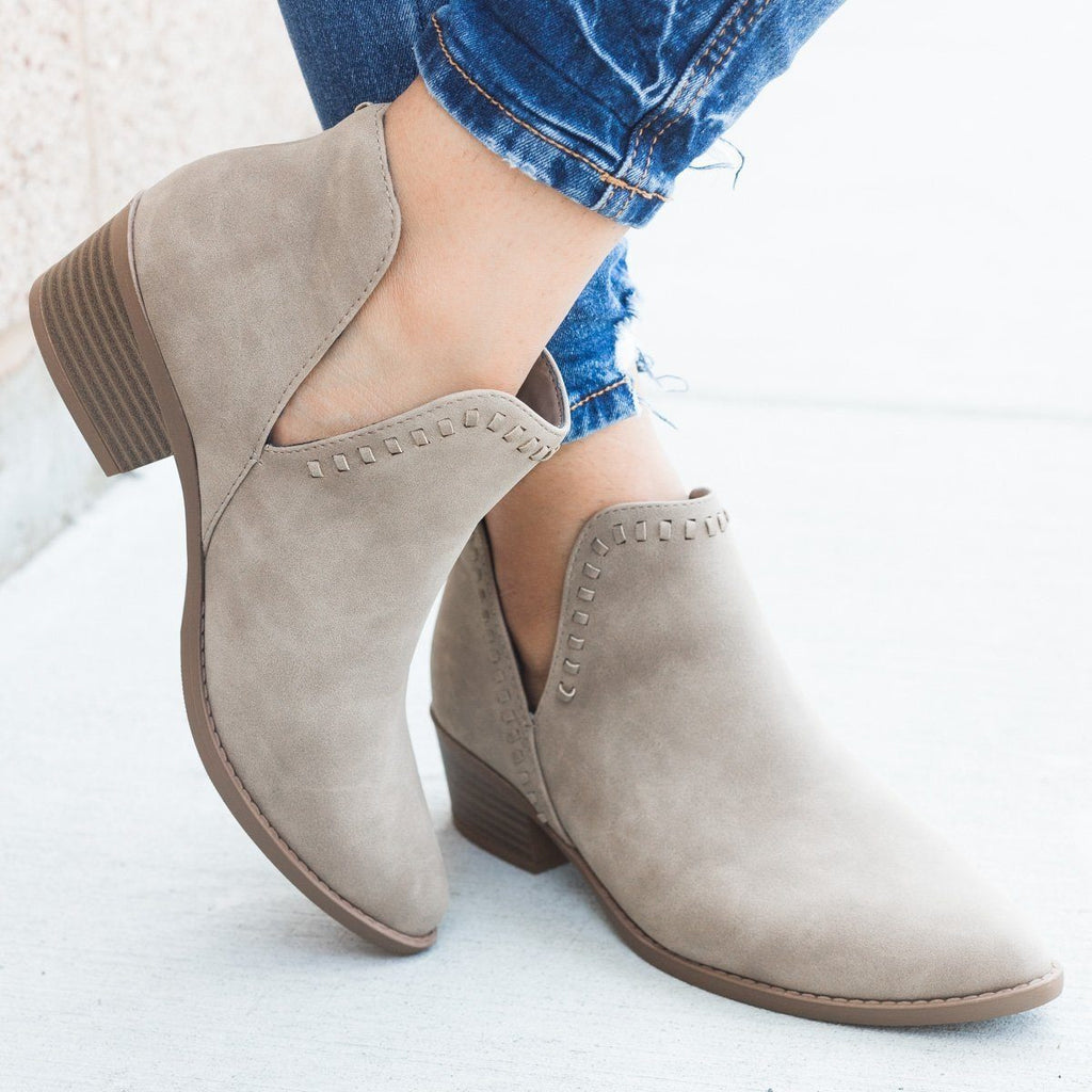 Womens Stitched Ankle Cut Bootie - Soda Shoes - Light Taupe / 5