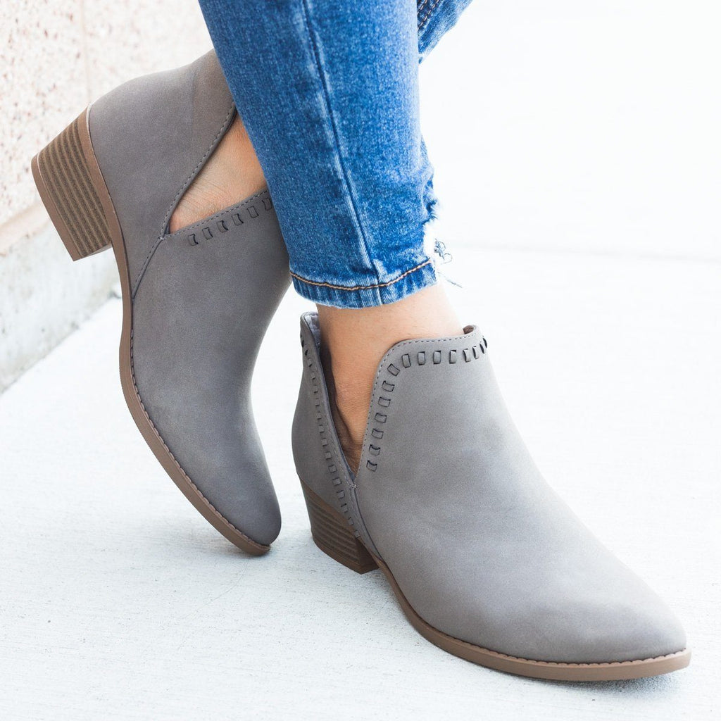 Womens Stitched Ankle Cut Bootie - Soda Shoes - Gray / 5