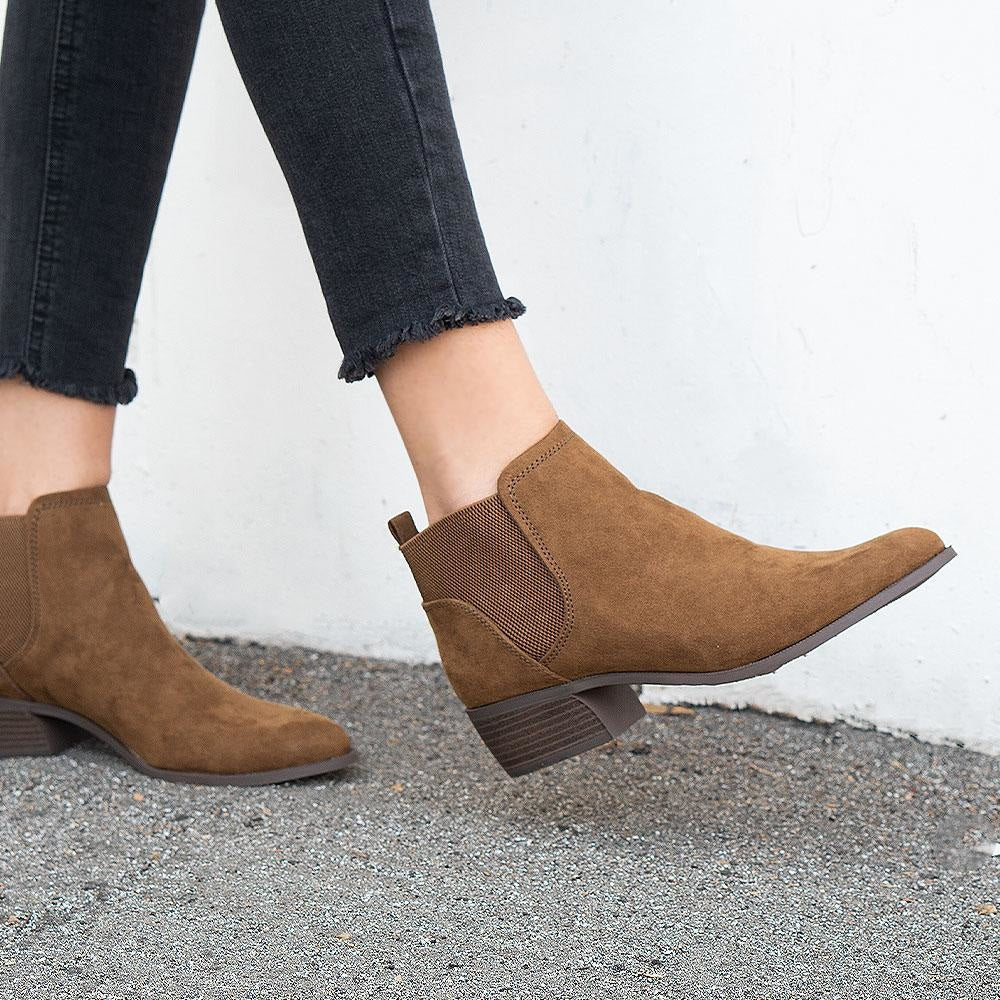 Women's Stretch Slip-On Boots - Qupid Shoes - Toffee / 5