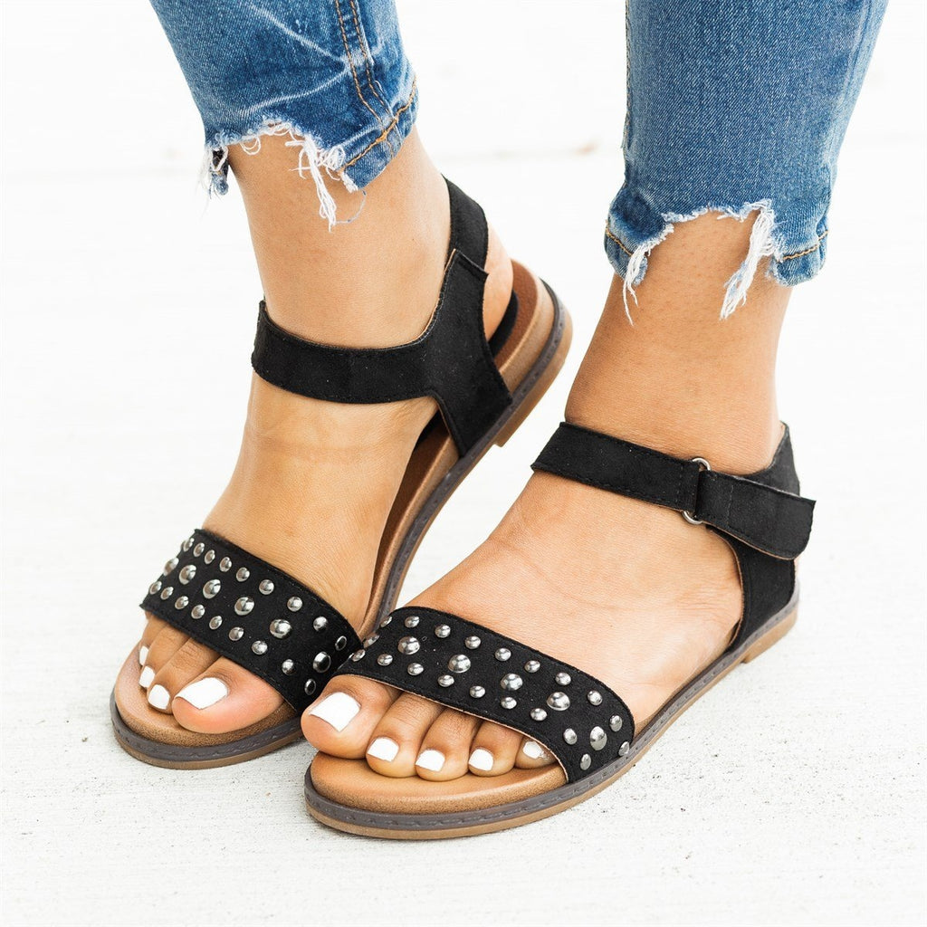 Womens Studded Everyday Fashion Sandals - Montecucco
