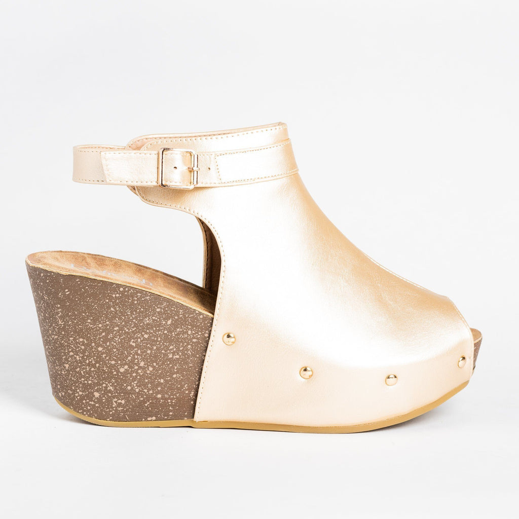 Womens Studded Open-Toe Wedges - Refresh - Champagne / 5