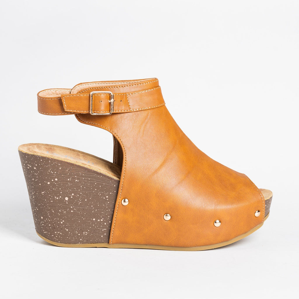 Womens Studded Open-Toe Wedges - Refresh - Tan / 5