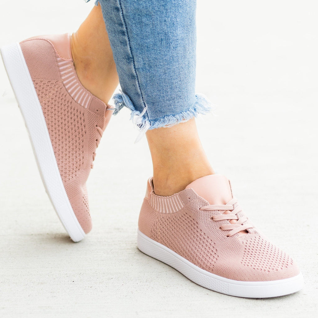 Womens Stylish Pinhole Sneakers - Refresh - Mauve / 5