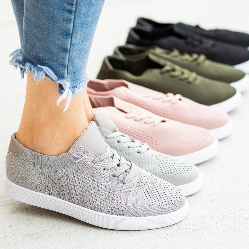 Womens Stylish Pinhole Sneakers - Refresh