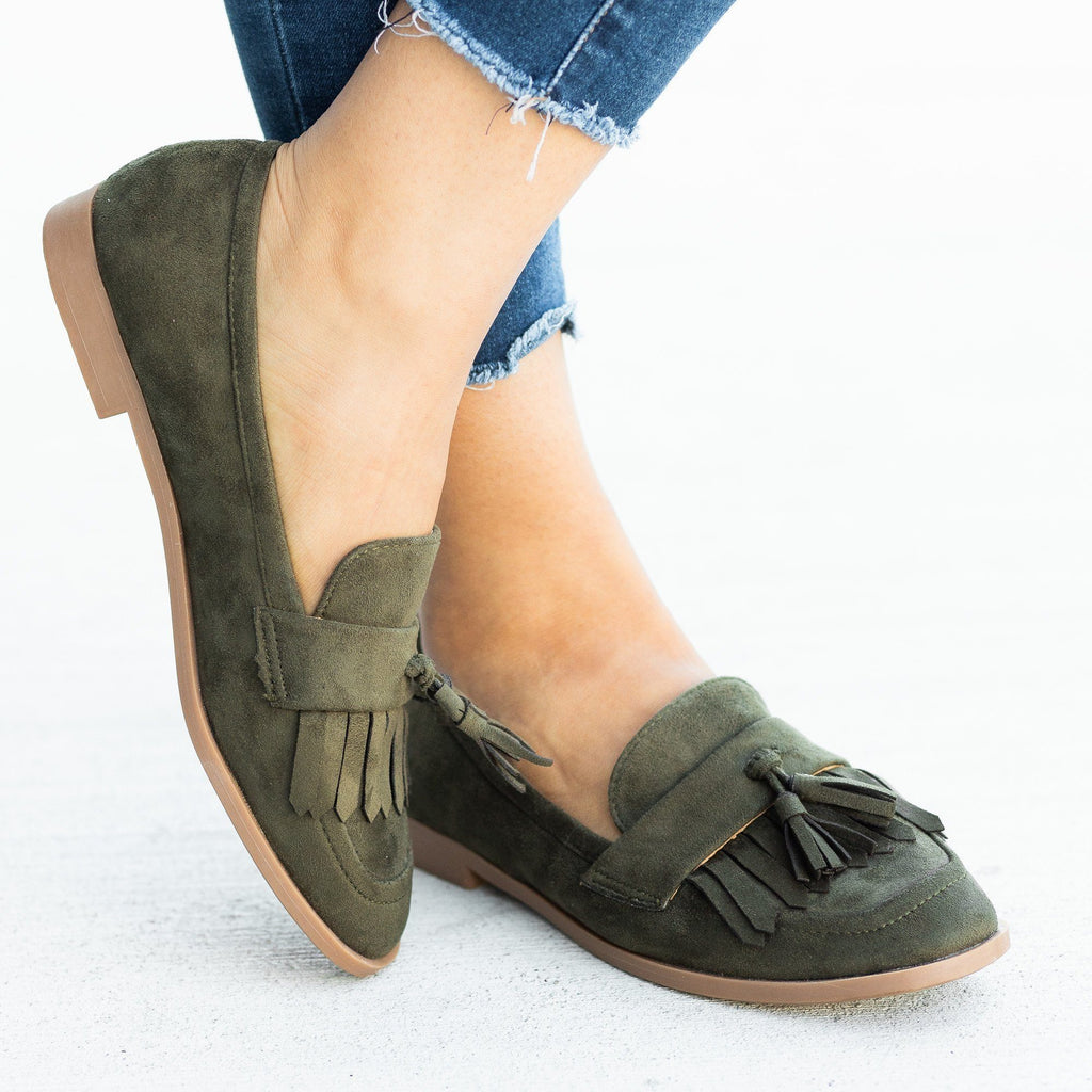 Womens Tasseled Fringe Loafer Flats - Calico Kiki
