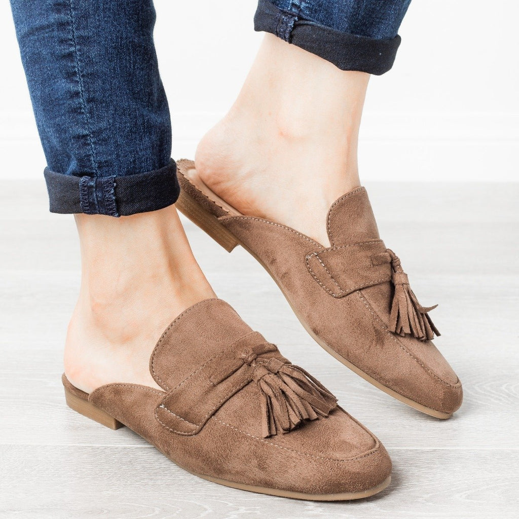 Womens Tasseled Loafer Mules - Refresh - Mocha / 7