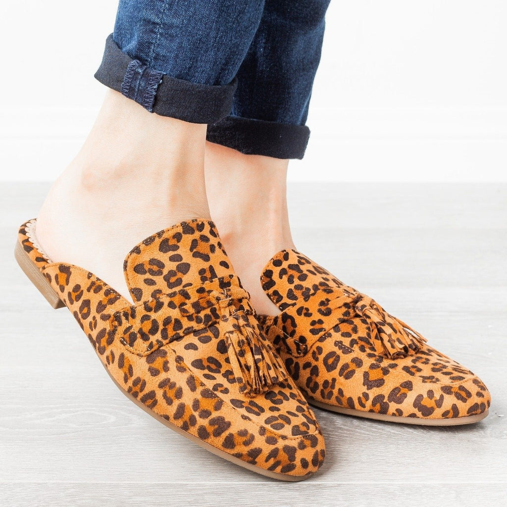 Womens Tasseled Loafer Mules - Refresh - Leopard / 6