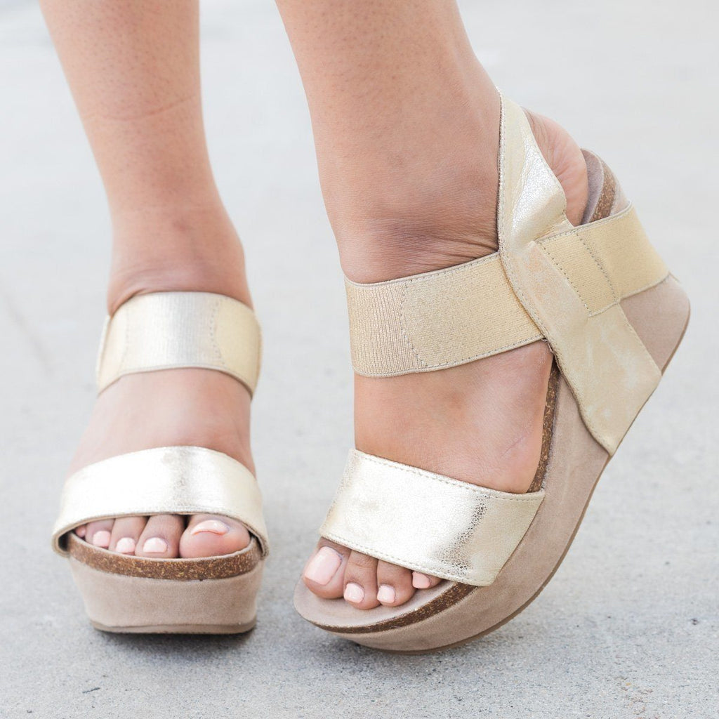 Womens Thick Double Strap Wedge - Nature Breeze - Light Gold / 5