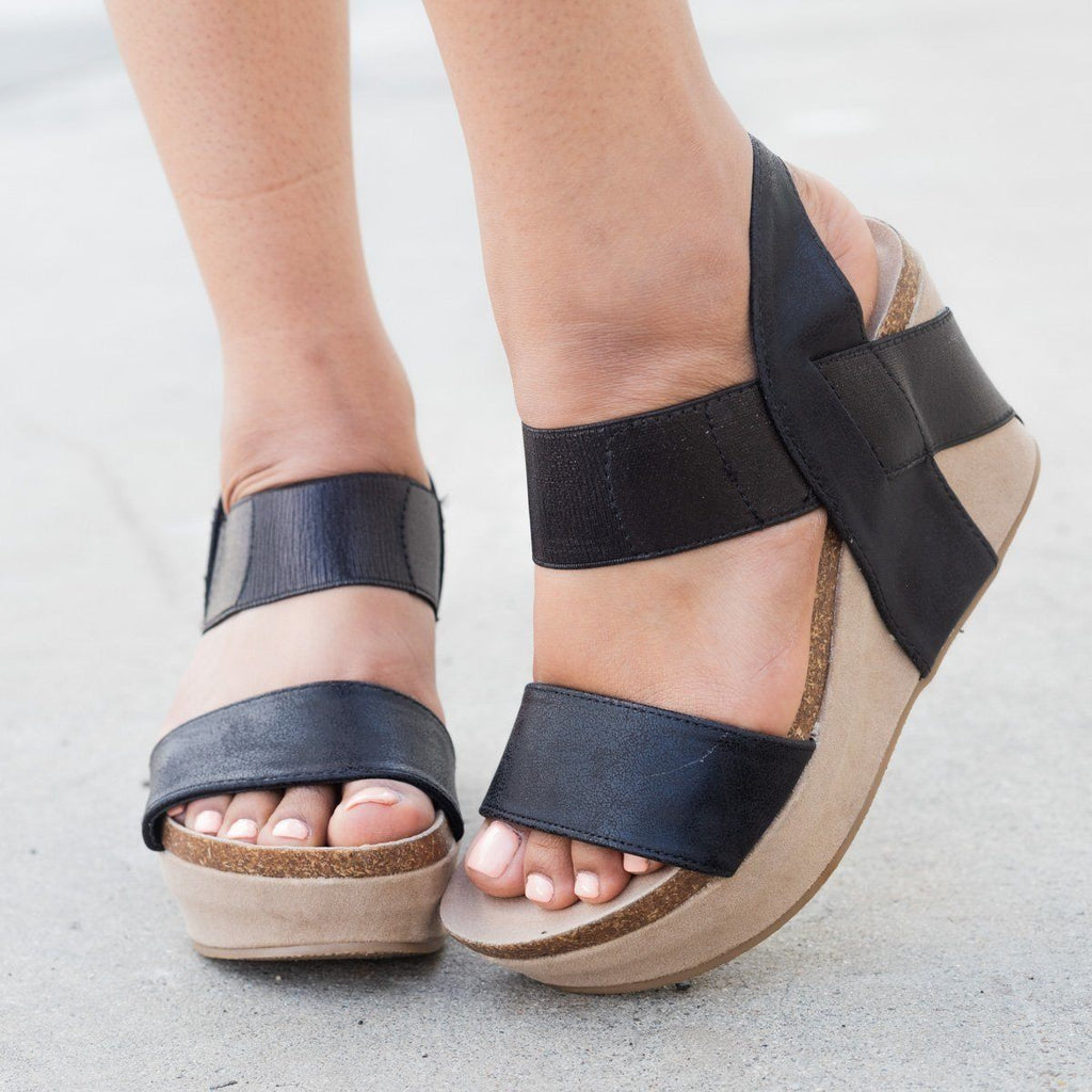 Womens Thick Double Strap Wedge - Nature Breeze - Black / 5