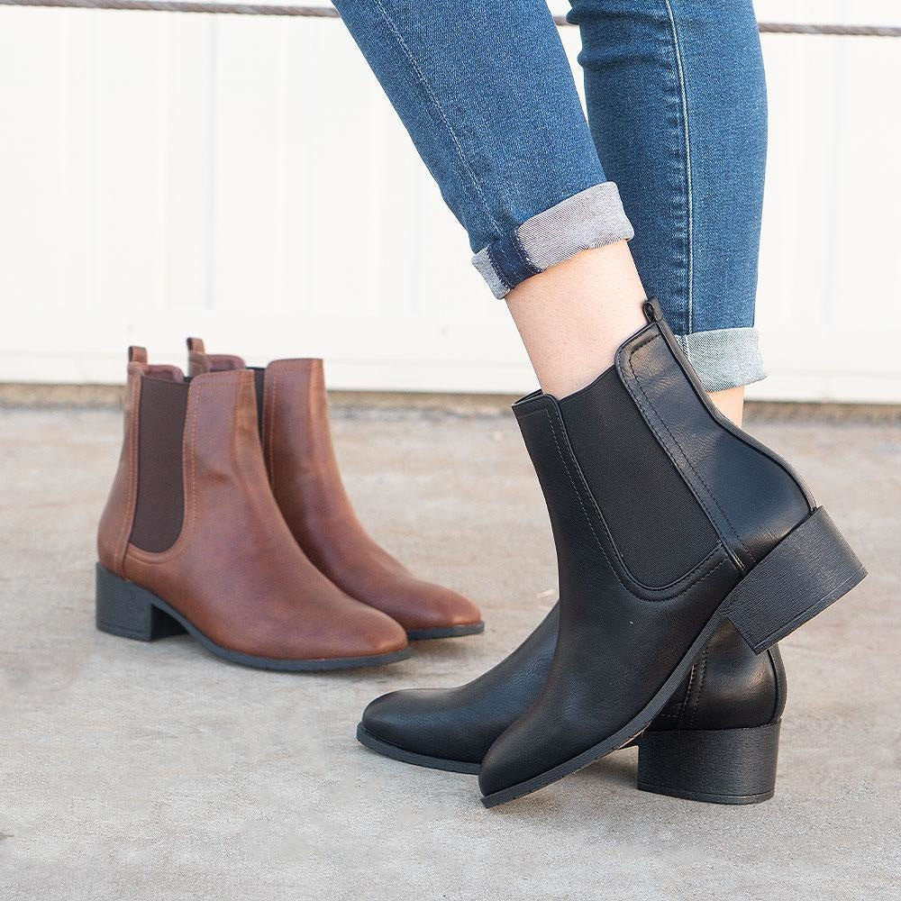 Women's Timeless Chelsea Boots - Refresh