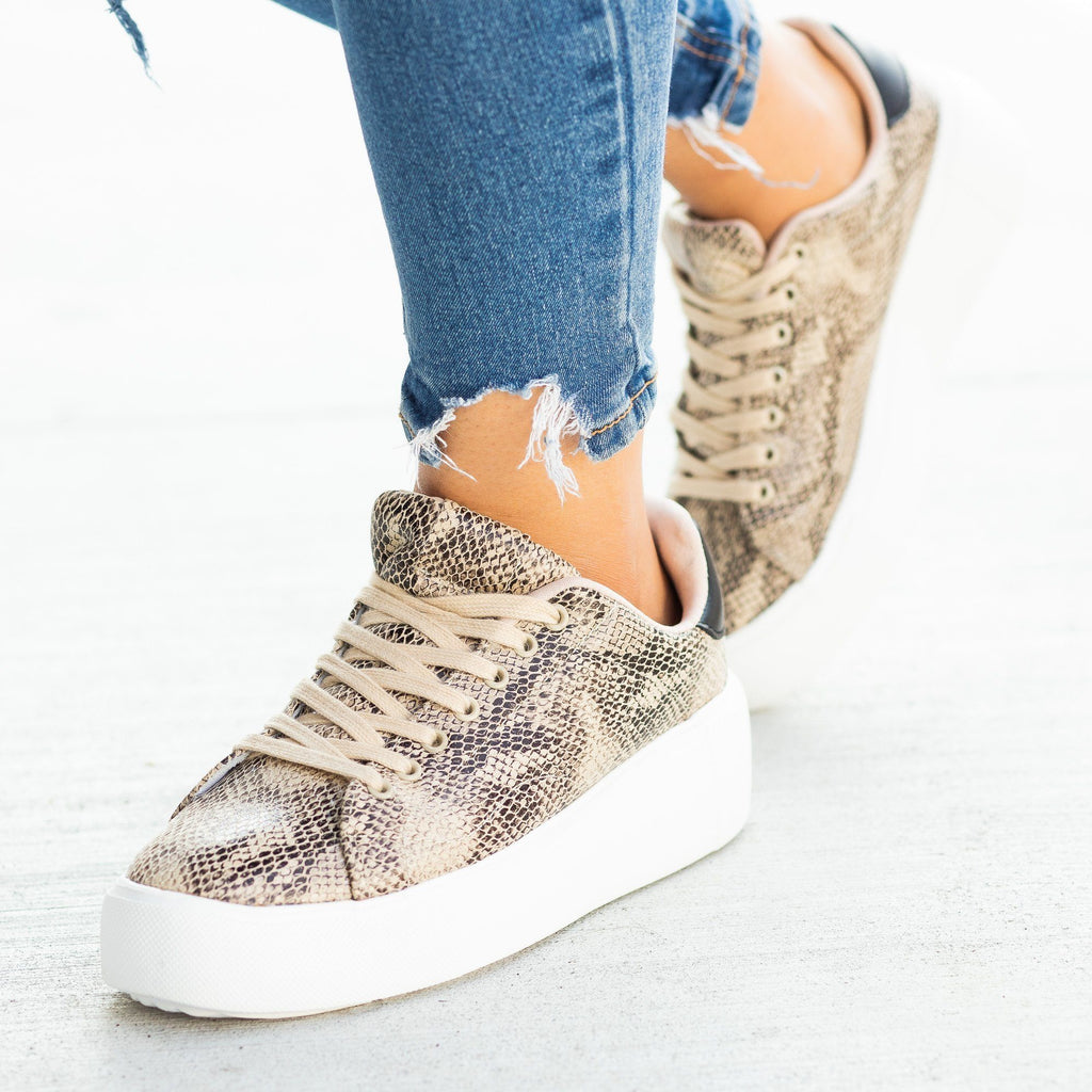 Womens Trendy Animal Print Platform Sneakers - Qupid Shoes - Beige Brown Snake / 5