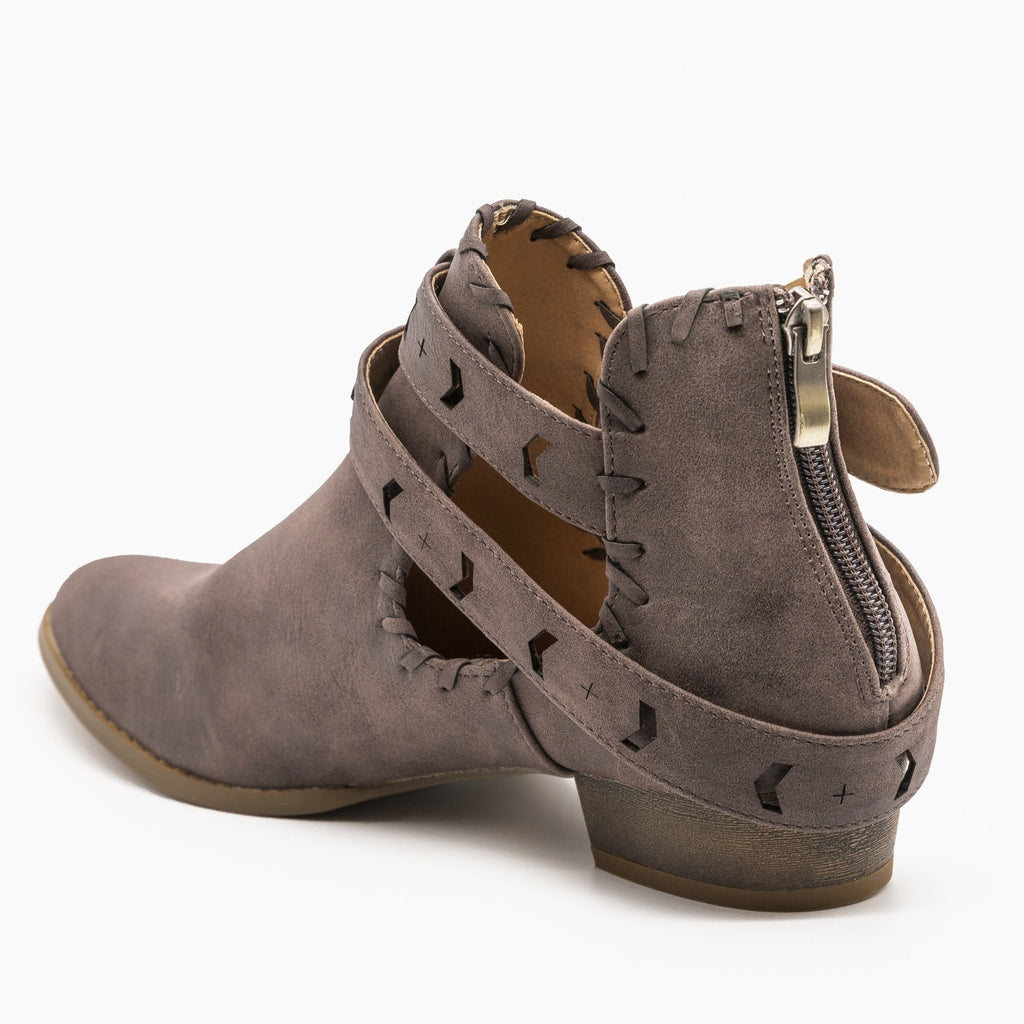 Womens Trendy Belted Western Booties - AMS Shoes