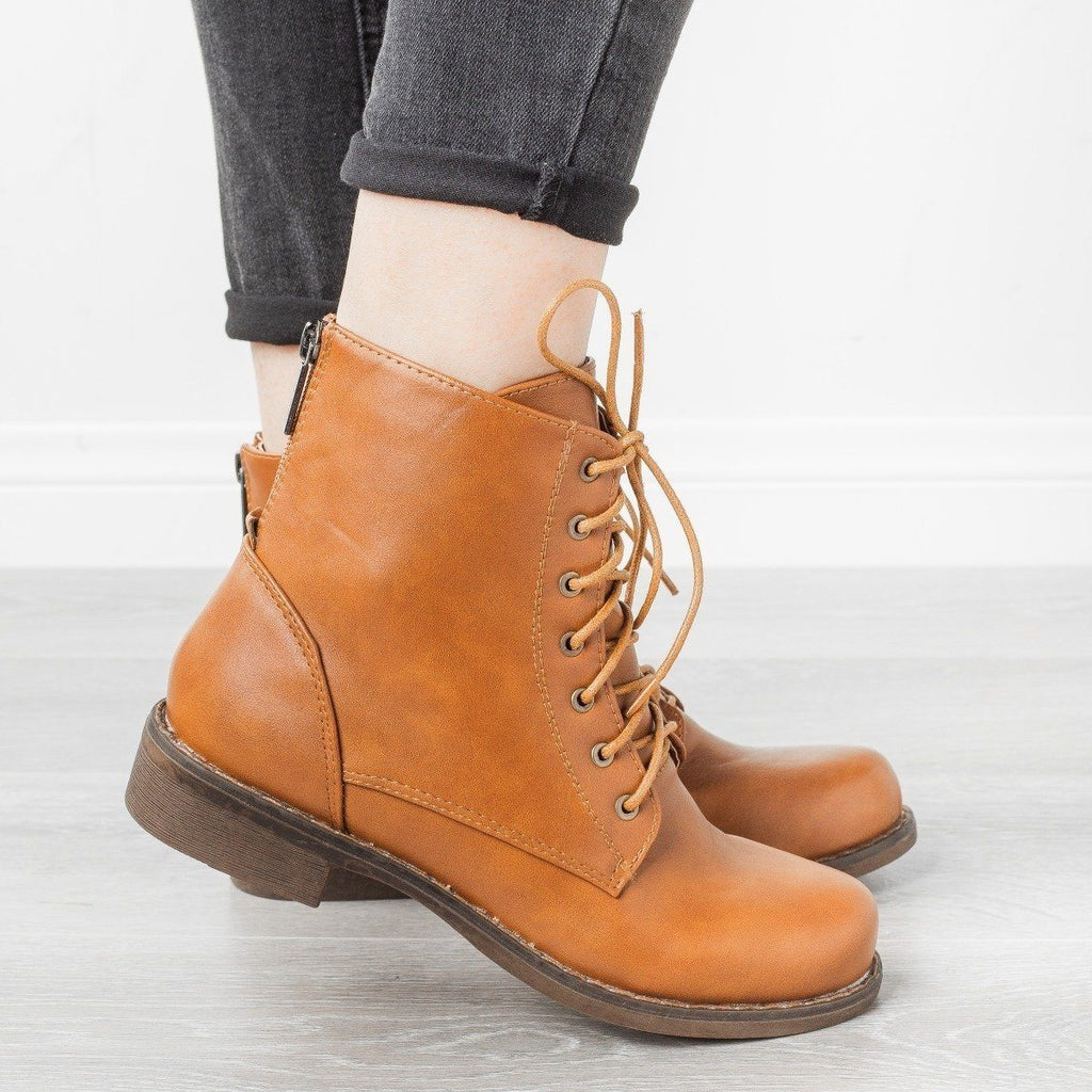 Womens Trendy Classic Utility Boots - Unilady - Cognac / 5