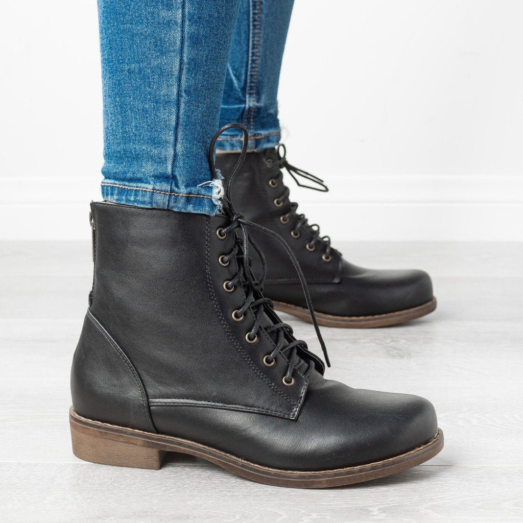 Womens Trendy Classic Utility Boots - Unilady - Black / 5