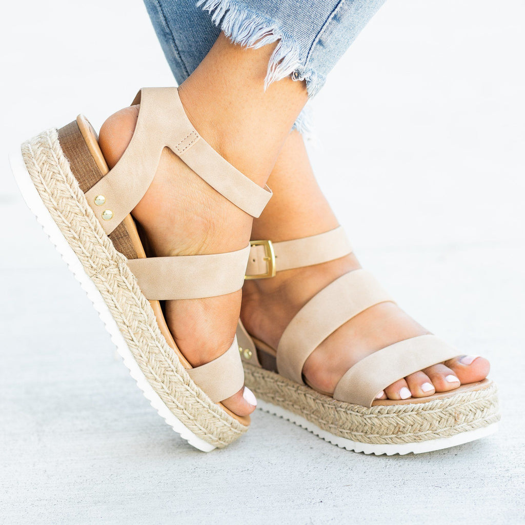 Womens Trendy Espadrille Flatform Wedges - Refresh - Taupe / 5
