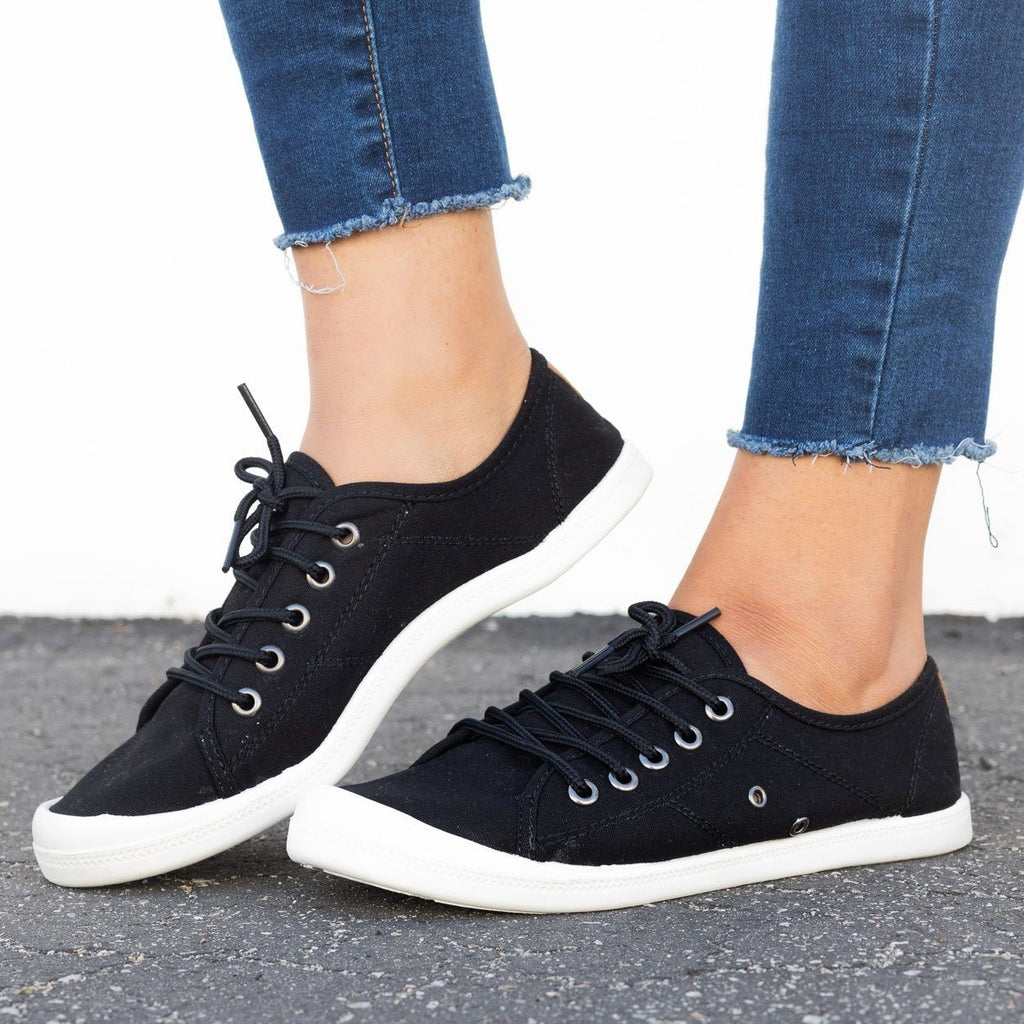 Womens Trendy Lace-Up Fashion Sneakers - Forever