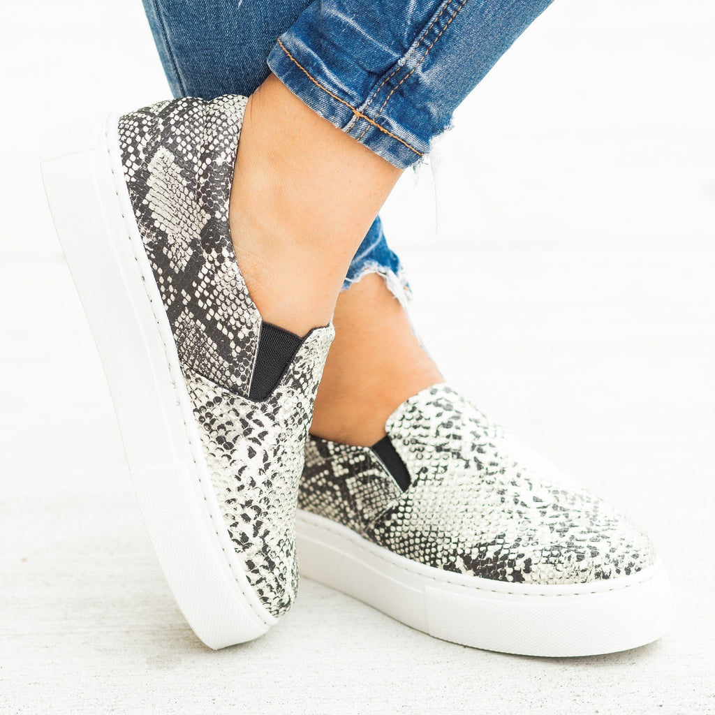 Womens Trendy Printed Platform Slip-On Sneakers - Qupid Shoes