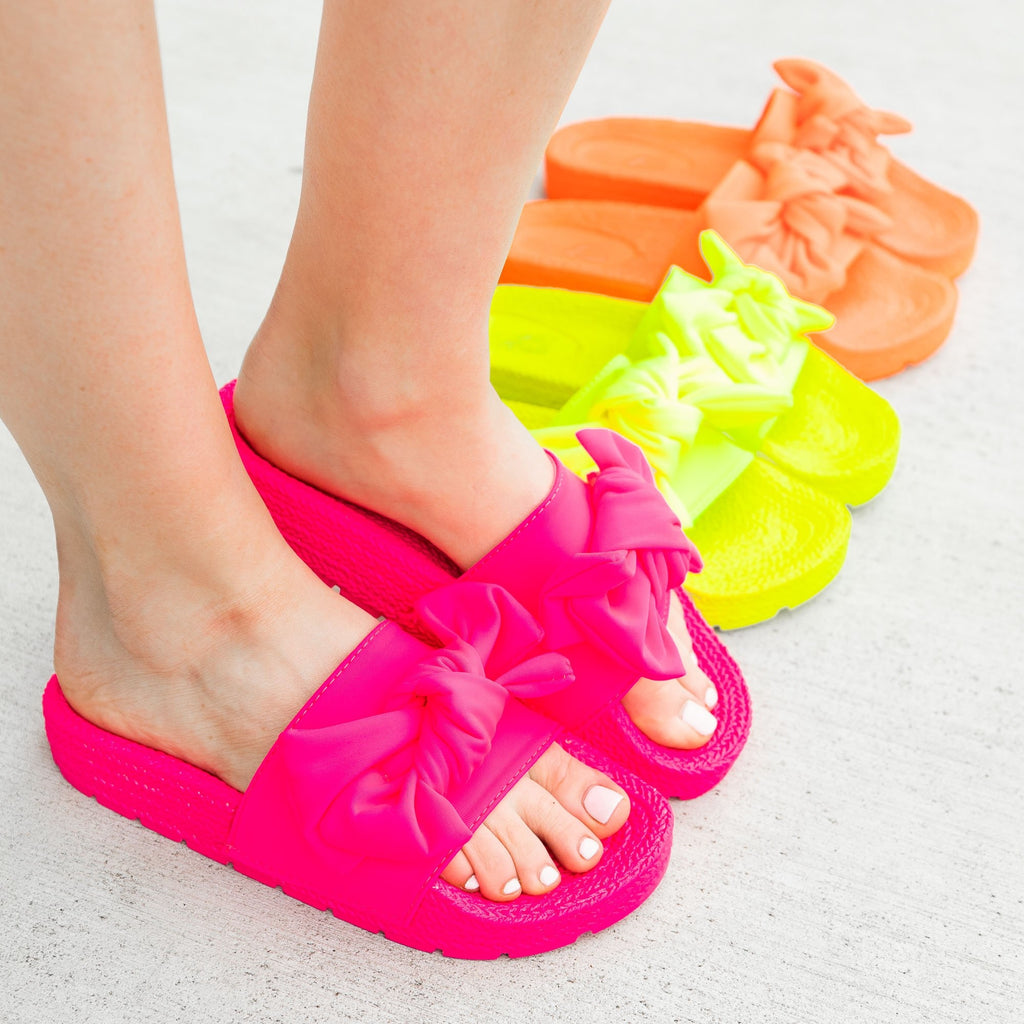 Women's Ultra Neon Bow Slides - Mata