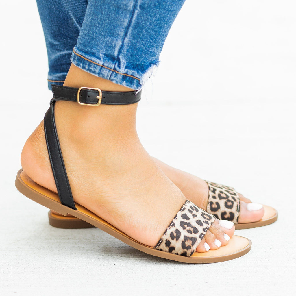 Womens Wraparound Ankle Strap Sandals - Soda Shoes - Oatmeal Cheetah / 5