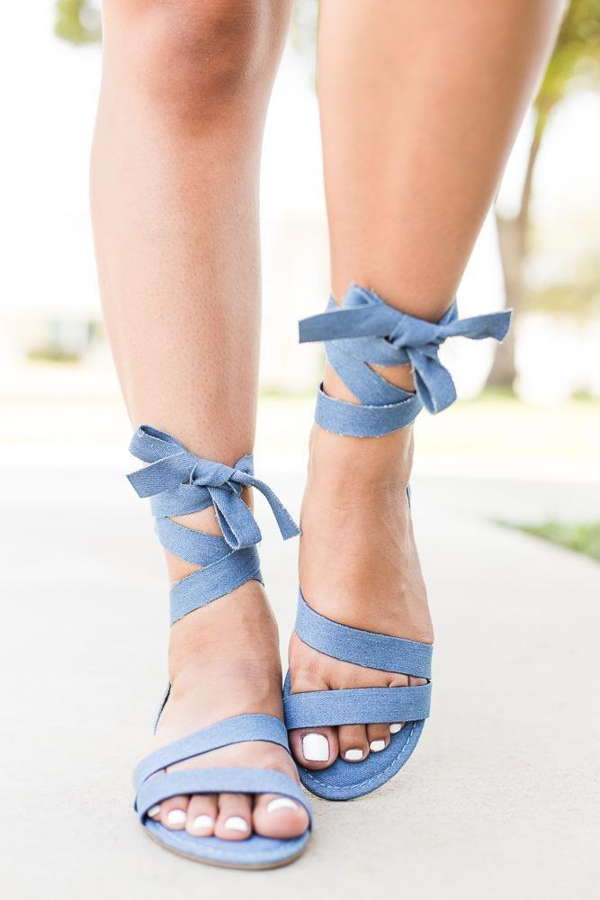 Women's Wrapped Strappy Sandals - Bamboo - Blue Denim / 5