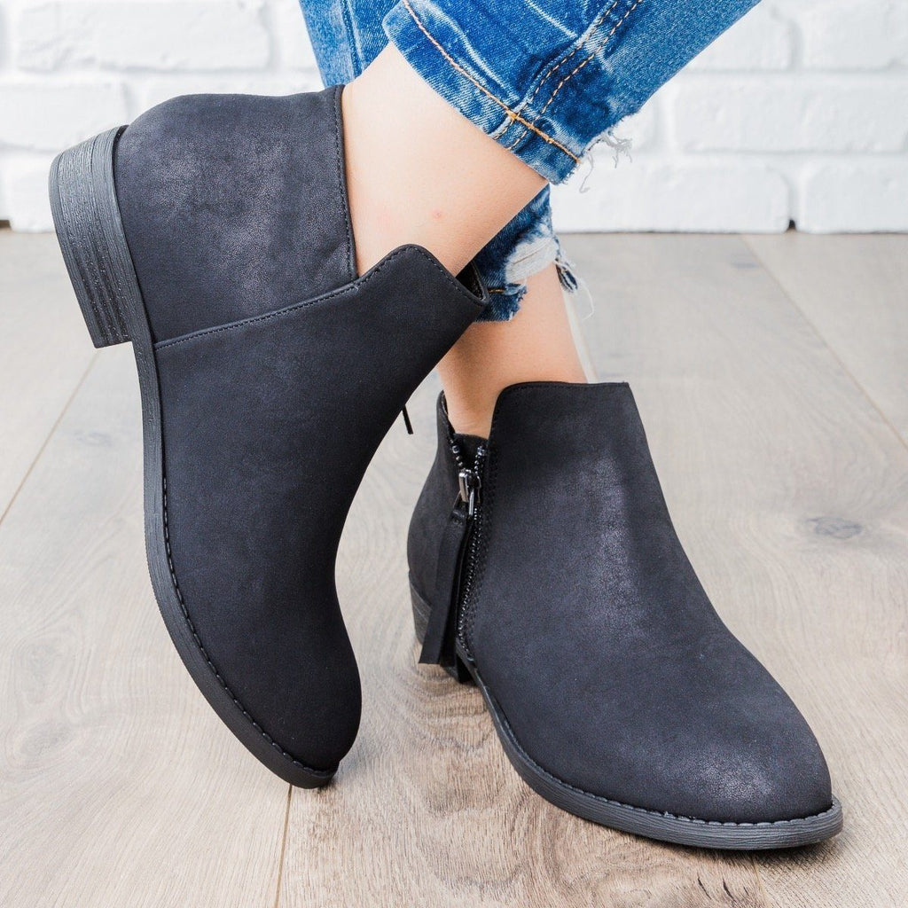 Womens Zip-up Ankle Booties - City Classified Shoes
