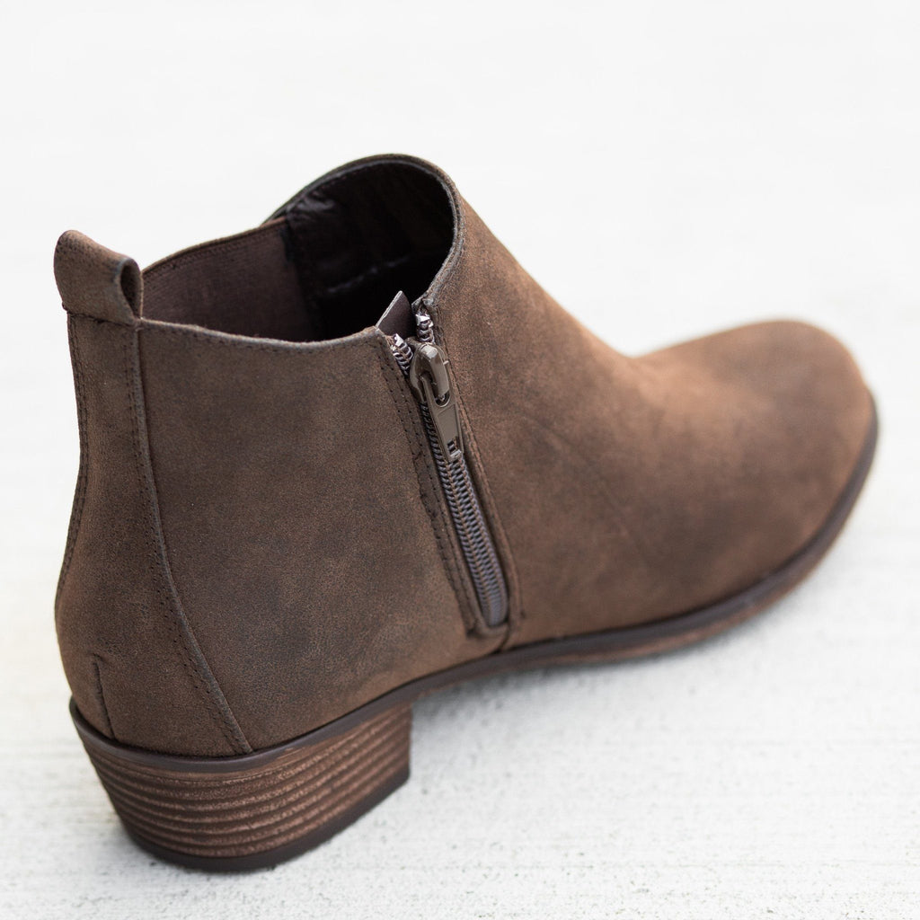 Womens Zip-Up Everyday Booties - Mata