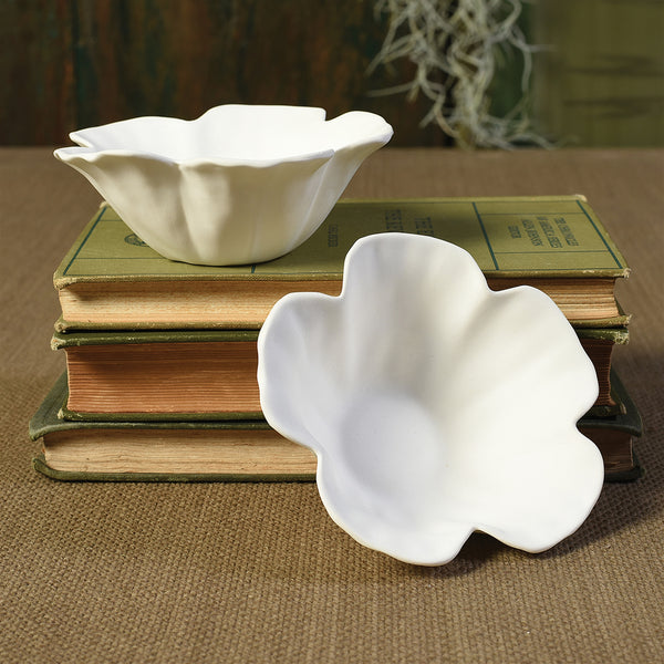 Hibiscus Floating Tealight Holder