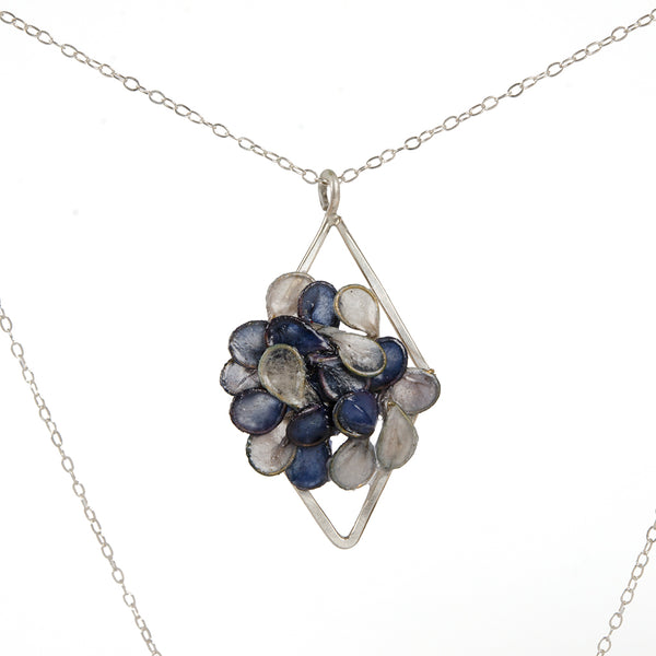 Verso Drawing Room Necklace