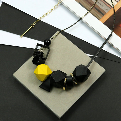 New Woman Necklaces Big Geometric Wood Beads Peadant Necklaces Color Blocking Fashion Jewelry