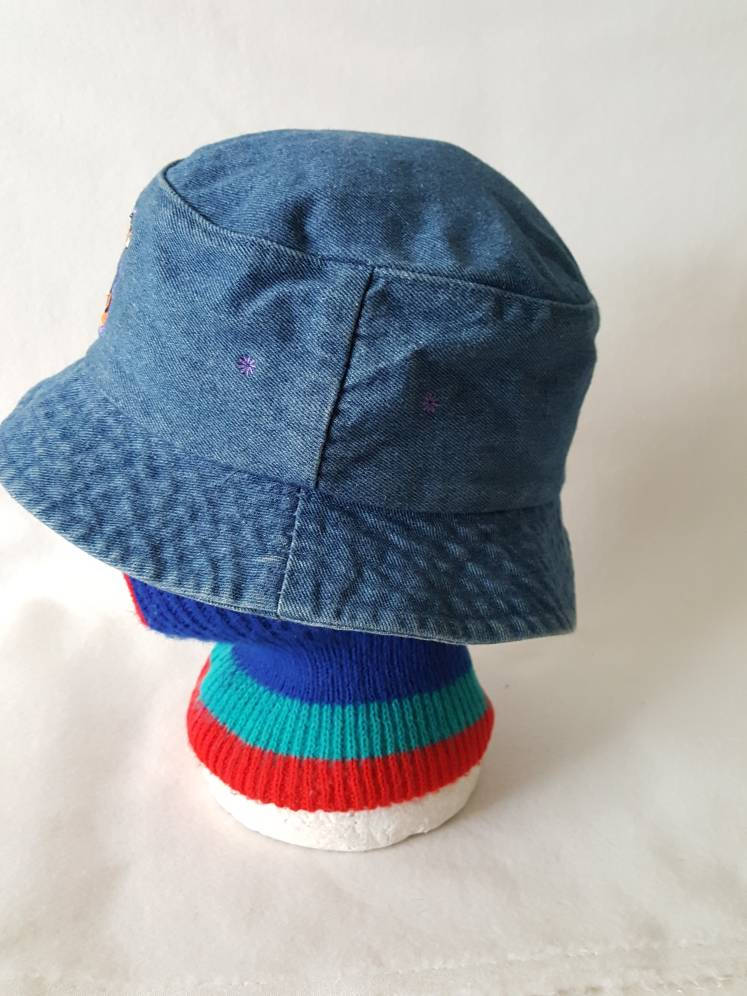Vtg denim Tigger bucket hat Walt Disney fisherman cap Winnie the pooh