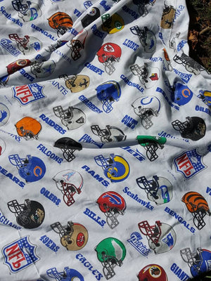 Vintage 1995 NFL Team Twin Size Top Sheet Retro Bedding officially licensed 66x93